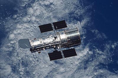 Канада сегодня запустит орбитальный телескоп для слежения за метеоритами