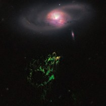 Hubble's view of Hanny's Voorwerp and IC 2497. Credit: Credit: NASA, ESA, W. Keel (University of Alabama), and the Galaxy Zoo Team