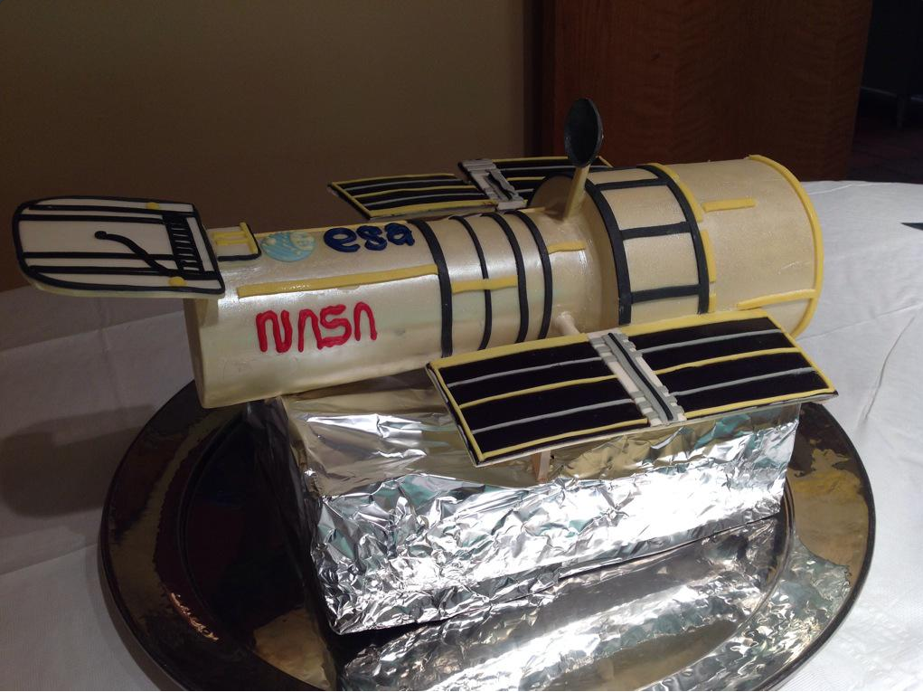 Hubble Space Telescope Cake